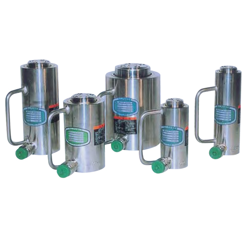 Stainless_steel_cylinders_1